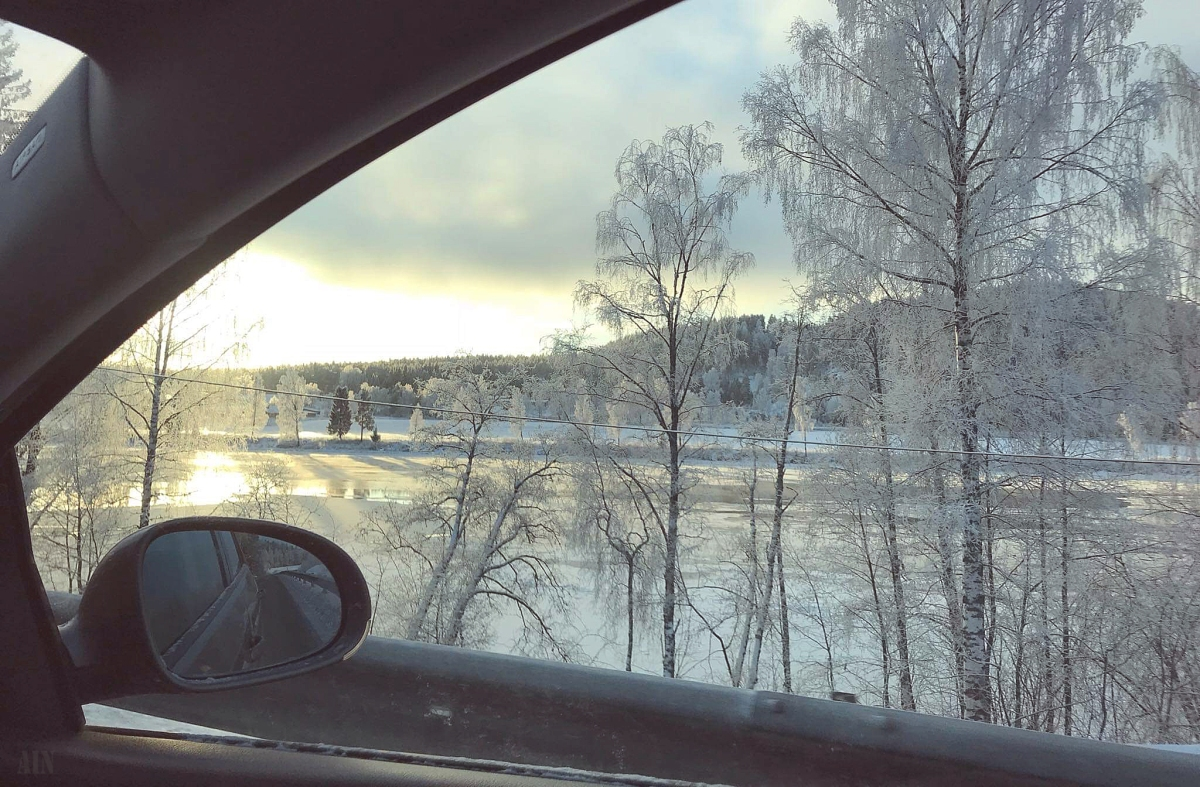Blogmas #3: Driving home forChristmas.
